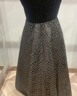 BEAUTIFUL PATTERNED BLACK SEQUINS GOWN